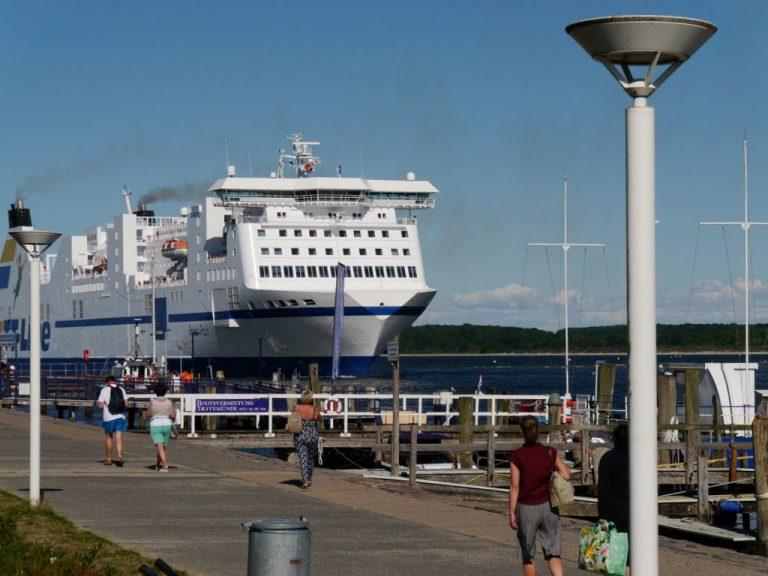 Fotos Travemünde am Priwall – Promenade und Schiffe