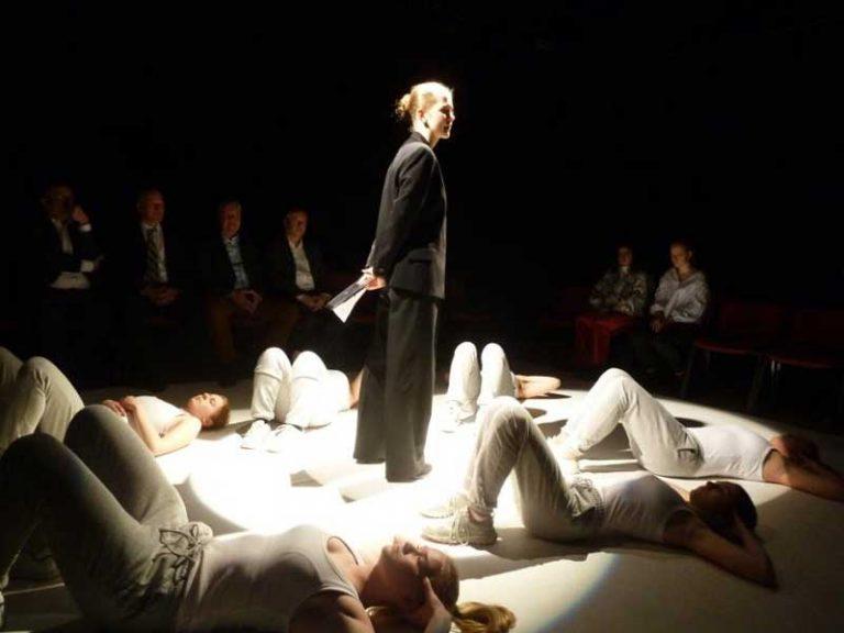 Sparkassenstiftung zu Lübeck spendet der Theaterpädagogik des Theater Lübeck 50.000 Euro